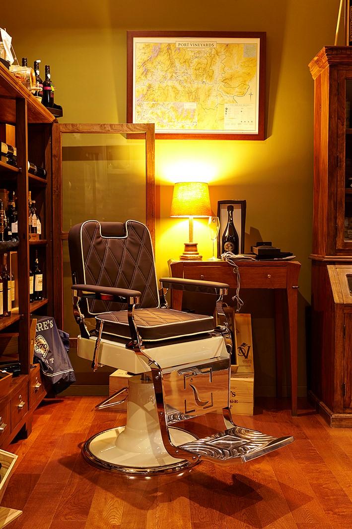 Herren Friseurstuhle | barber chair | Barbersconcept | VIP Barberchairs | Elegance Lux Friseurstuhle