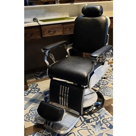 Barber Chair Majesty Schwarz & Weiß | Barbersconcept | Barberfurniture